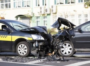 Cars-accident-at-city-road